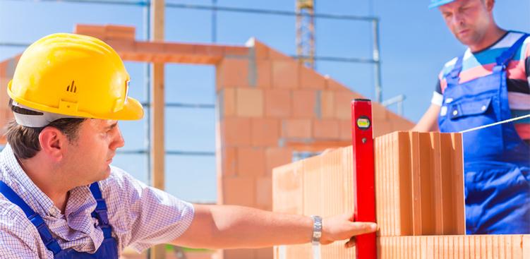 Stawiamy ściany zewnętrzne – z czego i za ile?