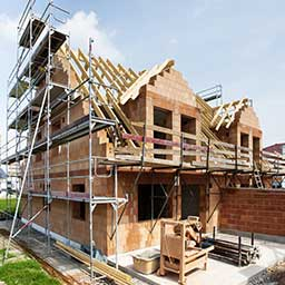 Budowa domu krok po kroku. Jak wyglądają etapy budowy domu?