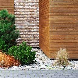 Elewacje drewniane i z elementami drewna – rodzaje, ceny