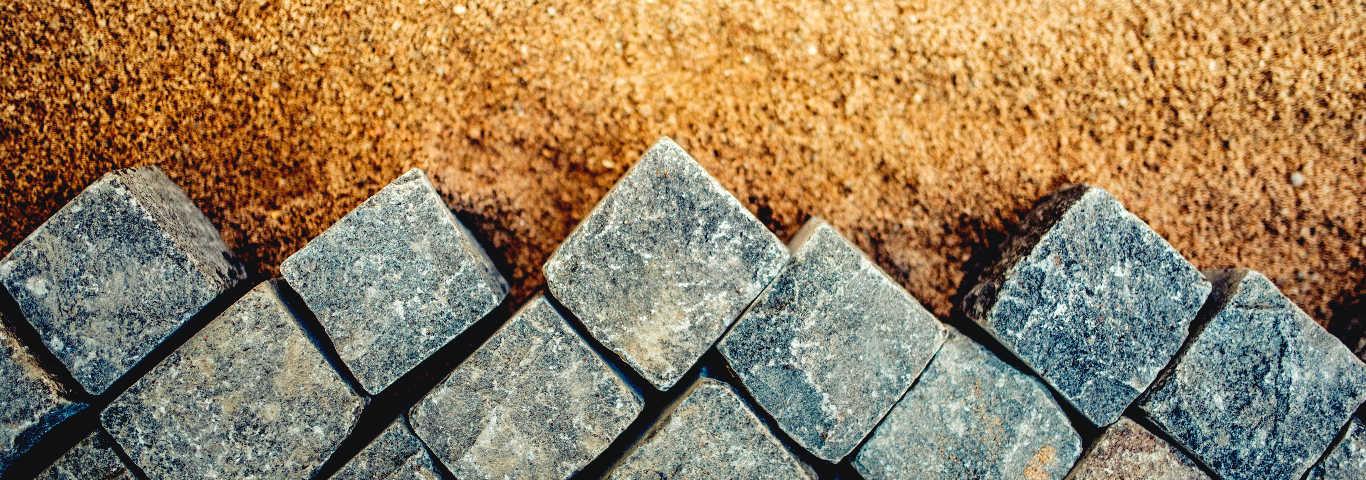 kostka granitowa jest jednym z rodzajów kostki