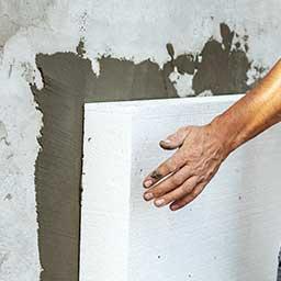 Ściana dwuwarstwowa – przekrój, zalety, wady i koszt budowy