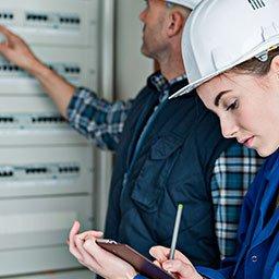 Odbiór instalacji elektrycznej – protokół i oświadczenie o wykonaniu instalacji