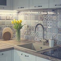 Płytki do kuchni – kafelki na ścianę i podłogę. Jakie płytki kuchenne wybrać?