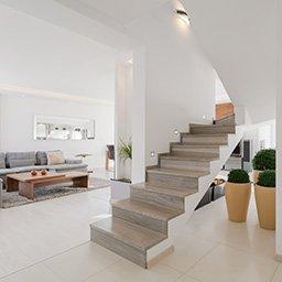 Układanie płytek na schodach. Jak położyć płytki na schody?