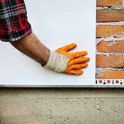 Płyty PIR na elewacje – czy to dobry materiał na ściany zewnętrzne?