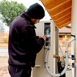 Pompa ciepła woda-woda – zasada działania, cena, zalety i wady