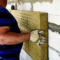 Ocieplanie wełną – zasady i cennik ocieplania domu wełną