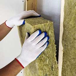 Wełna skalna do ocieplenia domu – właściwości, cena, zastosowanie