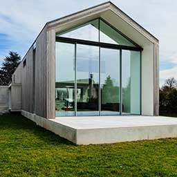 Projekt domu stodoła – co wyróżnia dom typu stodoła?