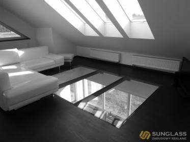 Podłogi, schody i kładki szklane
