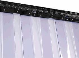 """Kurtyna paskowa typu """"standard"""" wykonana z pasów 200x2 mm."""