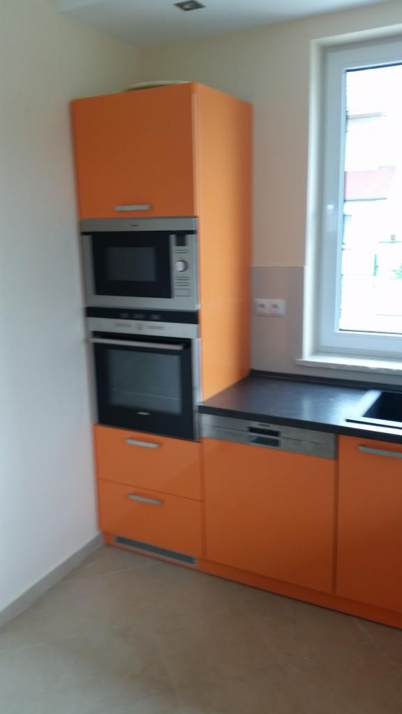 pomara�czowobia�e lakierowane meble kuchenne d�browa