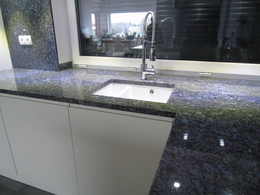 Nietypowy Okaz Granit, marmur, konglomerat, kwarc - blaty, schody, parapety IU86