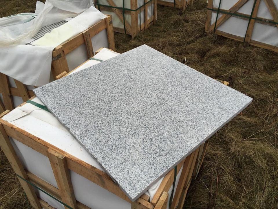 Wybitny GRANIT MARMUR - IMPORT płytki ścienne i podłogowe z granitu YR64