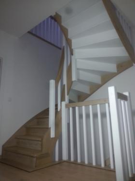 Wykonanie, montaż schodów drewnianych, oferta