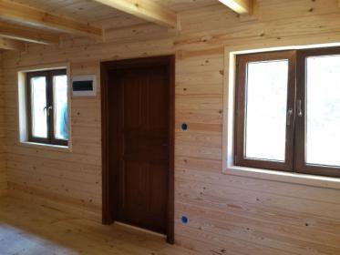 Wykańczanie wnętrz i wykonanie elewacji drewnianych