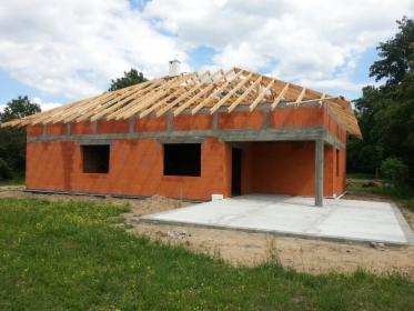budowanie stanu surowego domu