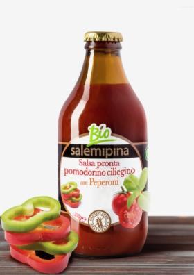 Sosy pomidorowe w butelkach szklanych