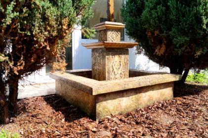 Fontanny, studnie, cieki wodne wodospady, nowoczesne odlewnictwo, oferta