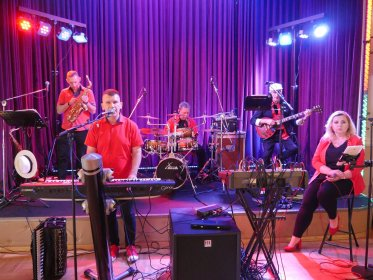 Profesjonalnu Zespół muzyczny maXim, oferta