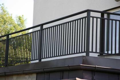 Balustrada stalowa, lakierowana proszkowo