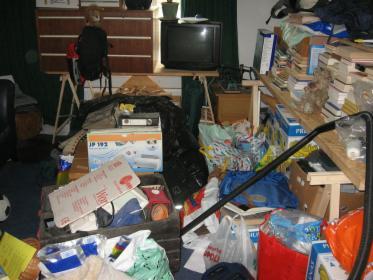 Prace porządkowe; opróżnianie mieszkań, piwnic, strychów itp.
