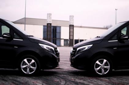 Auto klasy premium z kierowcą do wynajęcia dyspozycja na cały dzień / lub min. 4h.
