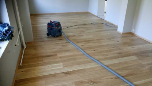 Układanie paneli podłogowych/Deski Barlinek, oferta
