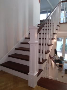 Wykonanie schodów i balustrad drewnianych, oferta