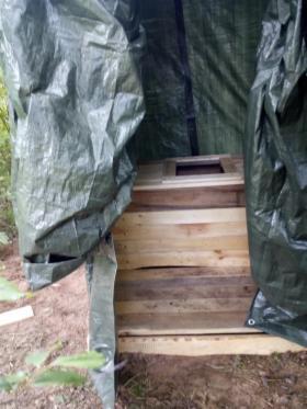 Budowa wychodka drewnianego z palet, oferta