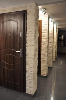 Montaż drzwi zewnętrznych i wewnętrznych