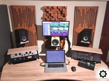 Studio nagrań / Produkcja Muzyczna / miks & mastering - GREEN MACHINE