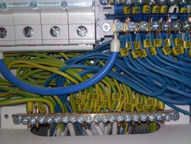 Instalacje elektryczne, monitoring, alarmy, sieci teleinformatyczne