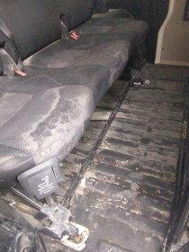 Kompleksowe czyszczenie samochodu wraz z czyszczeniem tapicerki