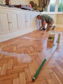 Varnishing, Staining & Oiling, oferta