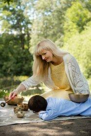 Dźwiękowy masaż terapeutyczny misami Petera Hessa - Uzdrowienie ciała poprzez wibracje !, oferta