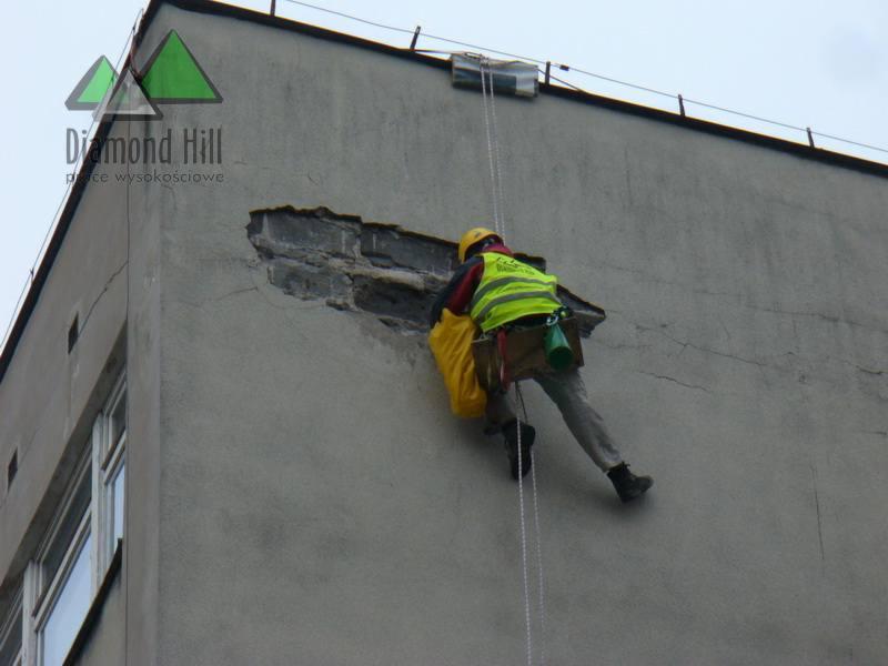 Bardzo dobryFantastyczny Prace wysokościowe, alpinistyczne, malowanie dachów, mycie okien WP77
