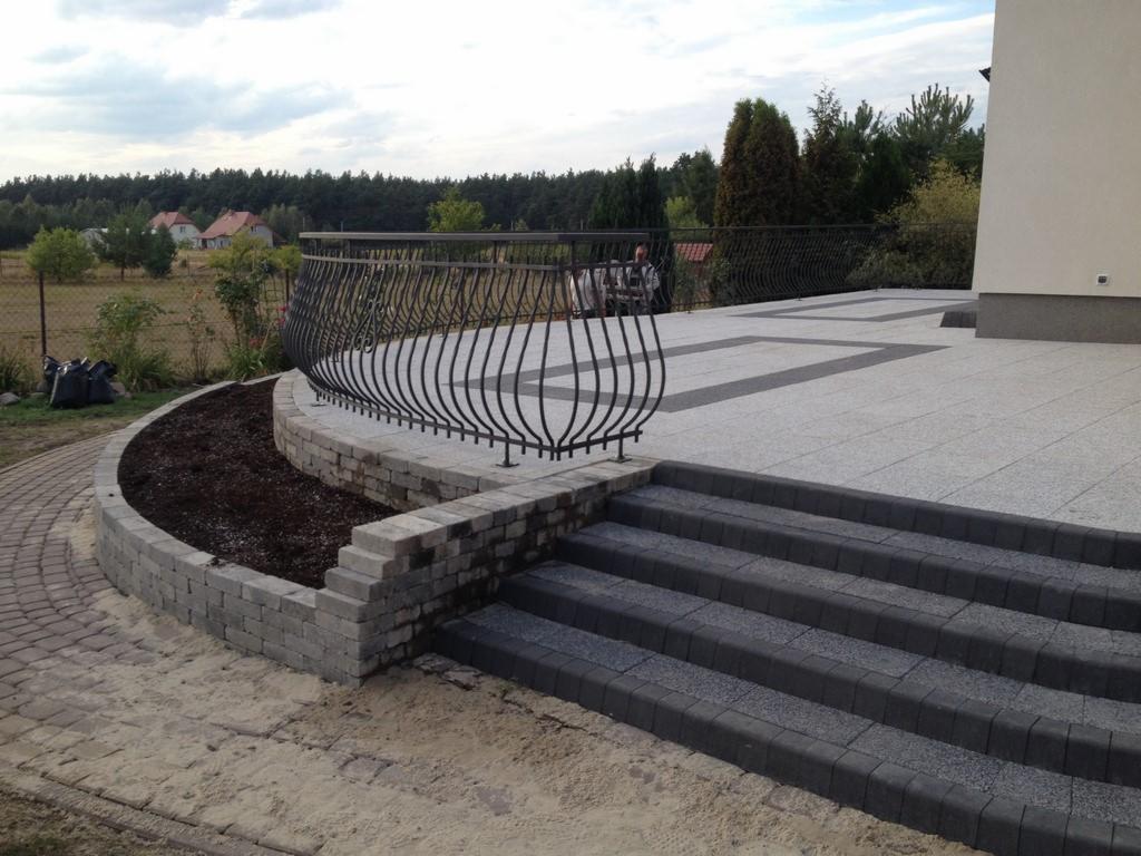Tarasy z kostki brukowej oraz płyt tarasowych Szczytno - Oferta nr 107023 - Oferteo.pl