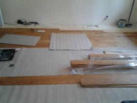 Profesjonalny Montaż Podłóg Drewnianych