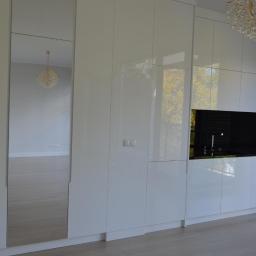 kuchnia lakierowana - wysoki połysk , blaty granit