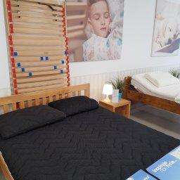 Stelaż elastyczny z regulowanym zagłówkiem HEVEA COMFORT występuje takze w wersji dla dzieci starszych jako HEVEA JUNIOR oraz w opcji do łóżek o niskich ramach SLIM