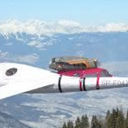 FLARIS LAR 1 - jednosilnikowy samolot odrzutowy