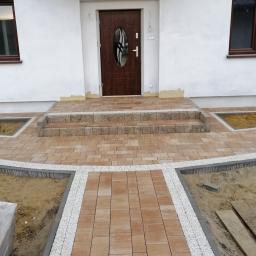 BUMEX PAWEŁ BAUM - Układanie kostki granitowej Niedrzwica Duża