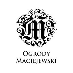 Ogrody Maciejewski - W ogrodzie, przed domem Bydgoszcz