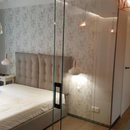 Ścianka szklana z drzwiami przesuwnymi - Sunglass