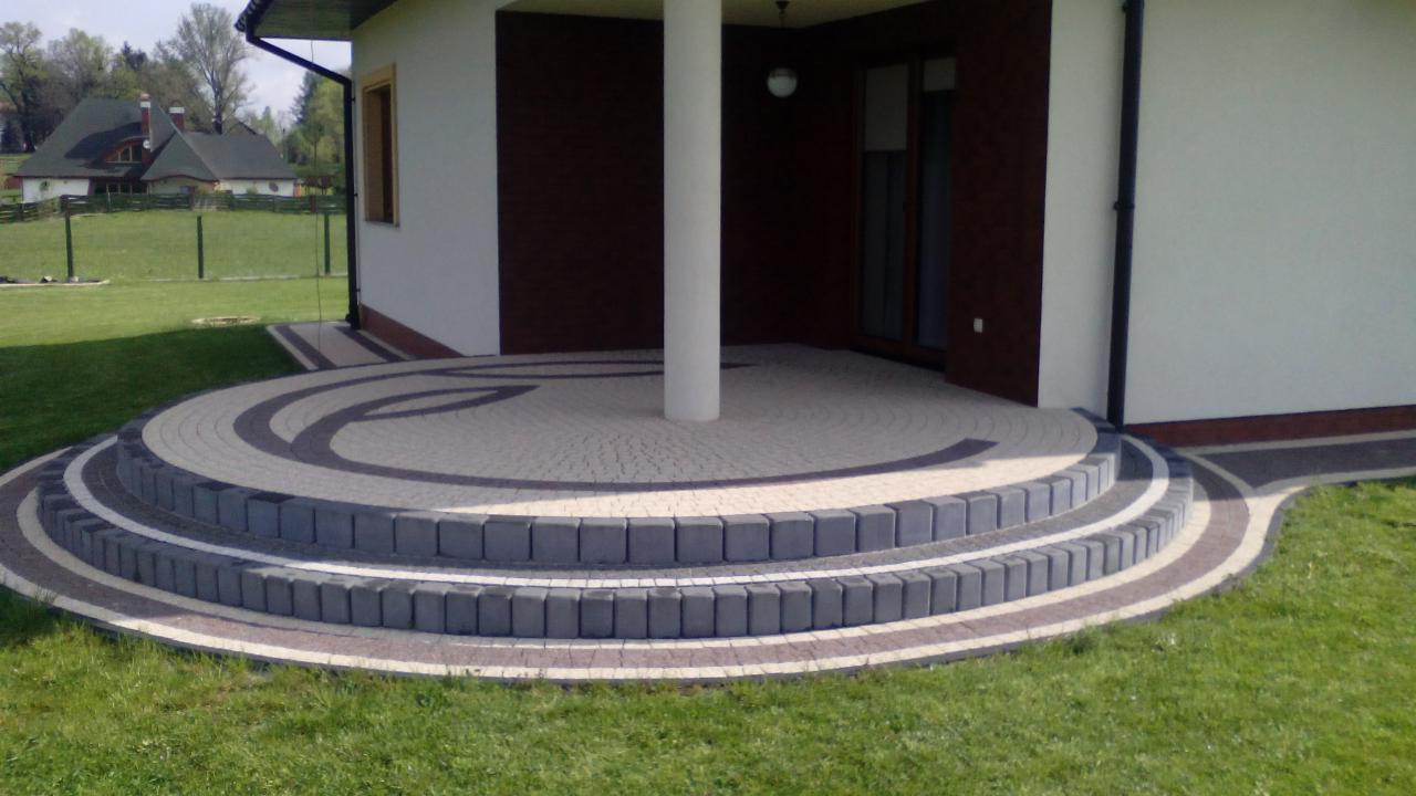 Zlecę ułożenie kostki betonowej przy domu, ok. 80m2 Gdów - Oferteo.pl