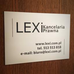 Zapraszamy na konsultacje prawne w siedzibie kancelarii przy ul. Borowskiej we Wrocławiu. Zachęcamy do kontaktu telefonicznego w celu umówienia spotkania pod nr telefonu 513 513 818. Istnieje możliwość uzyskania pomocy prawnej zdalnie drogą elektroniczną l
