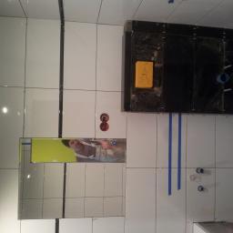 Łazienki glazura biały montaż kompleksowo