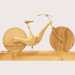 Rzeźba - drewniany rower