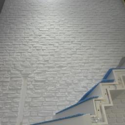 Nowoczesna imitacja starej cegły